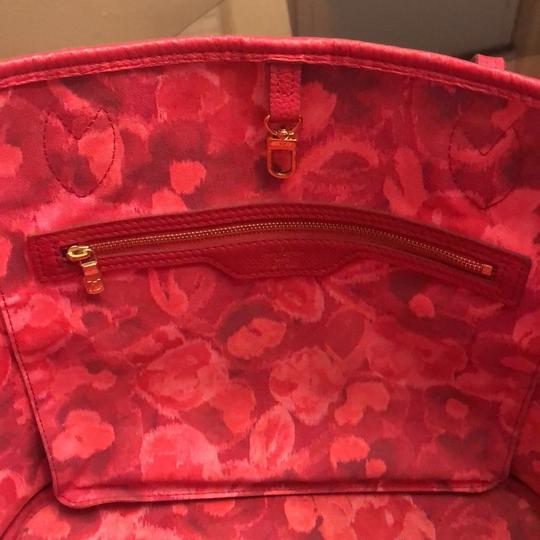Louis Vuitton Tote in brown and pink Image 10