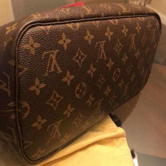 Louis Vuitton Tote in brown and pink Image 2