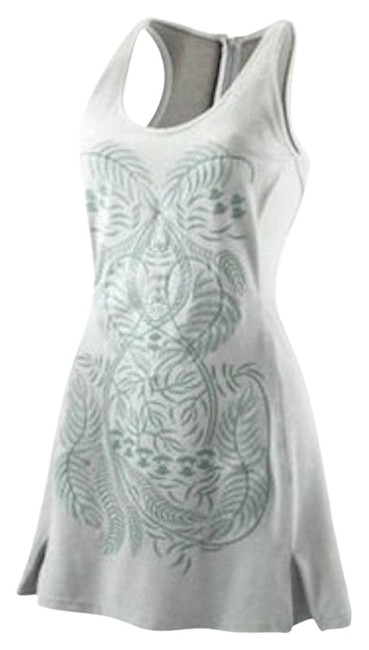 Item - Gray Embroidered Dress Activewear Sportswear Size 4 (S, 27)