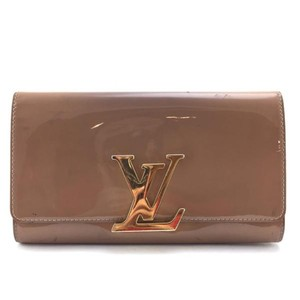 Louis Vuitton nude beige Clutch
