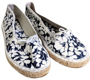 Burberry white and blue Flats