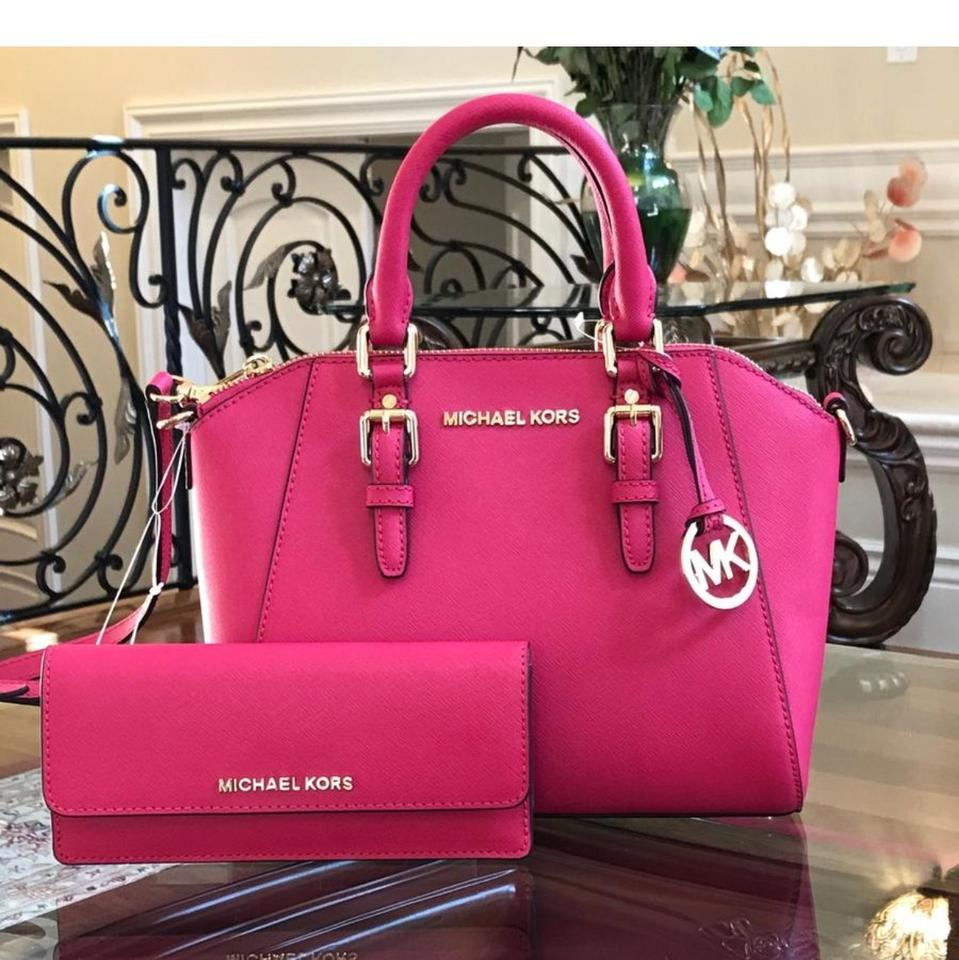 b84fc889cdf Michael Kors Messenger Ciara Medium Handbag with Matching Jet Set Wallet  Ultra Pink Saffiano Leather Satchel 47% off retail
