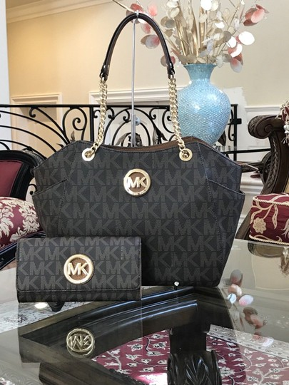 30a2bf3320be ... Michael Kors 2pcs Set Handbag+wallet Set Leather Chain Spring Satchel  in brown signature Image