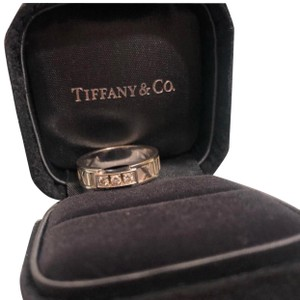 Tiffany & Co. white gold Atlas ring