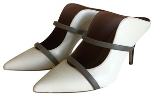 Malone Souliers off white/ taupe Pumps