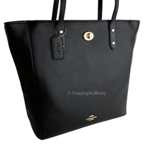 Coach Turnlock Pebbled Leather F12184 Tote in Black