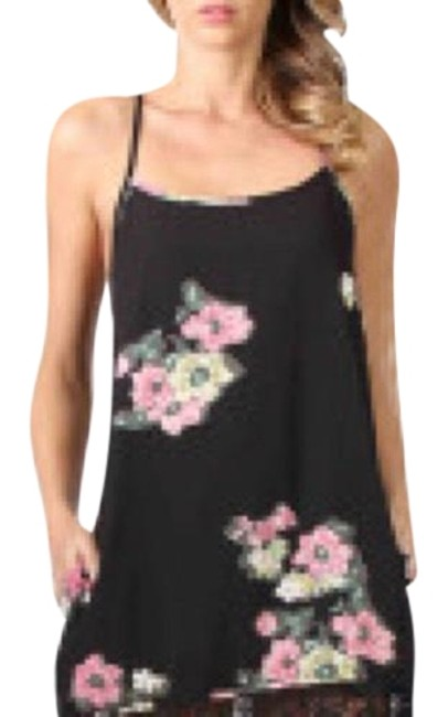 Item - Black and Dark Pink Floral Short Casual Dress Size 0 (XS)