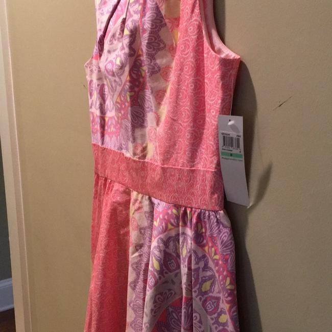 Maggy London Pink Combo Elegant Day Mid-length Work/Office Dress Size 8 (M) Maggy London Pink Combo Elegant Day Mid-length Work/Office Dress Size 8 (M) Image 3