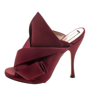 N°21 Satin Pleated Leather Red Mules