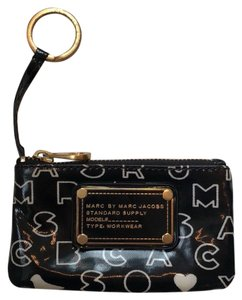 Marc by Marc Jacobs Keychain zip purse