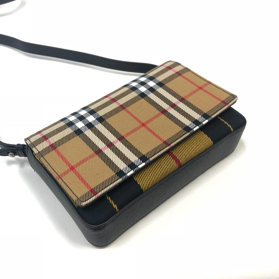 c10f0680355a Burberry London Vintage Check and Leather Wallet with Detachable ...