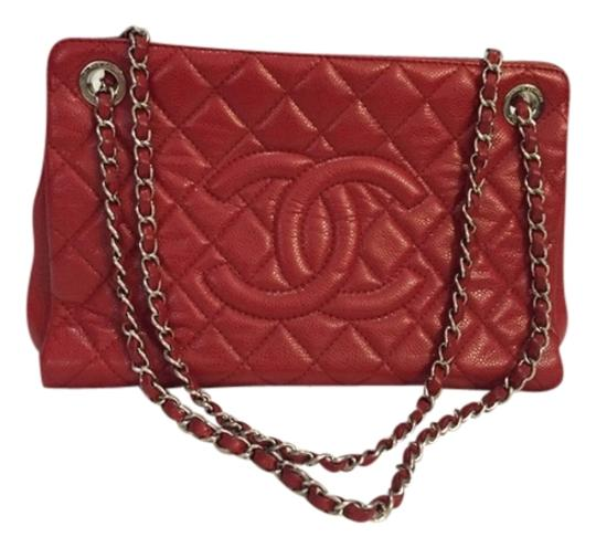 Preload https://img-static.tradesy.com/item/2332276/chanel-red-shoulder-bag-0-0-540-540.jpg