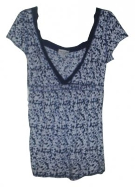 Preload https://item4.tradesy.com/images/abercrombie-and-fitch-navy-and-white-deep-v-neck-tee-shirt-size-12-l-23323-0-0.jpg?width=400&height=650