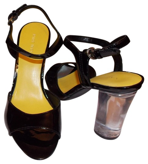 Preload https://img-static.tradesy.com/item/2332378/nine-west-black-phishin-sandals-size-us-7-regular-m-b-0-0-540-540.jpg