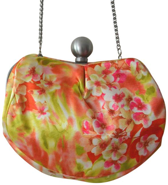 Item - Floral Prints Chain Handbag Pink Satin Clutch