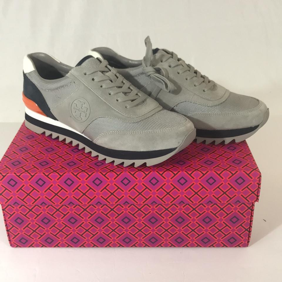 34e52176bfb Tory Burch Sawtooth Logo Sneaks Sneakers Size US 8 Regular (M