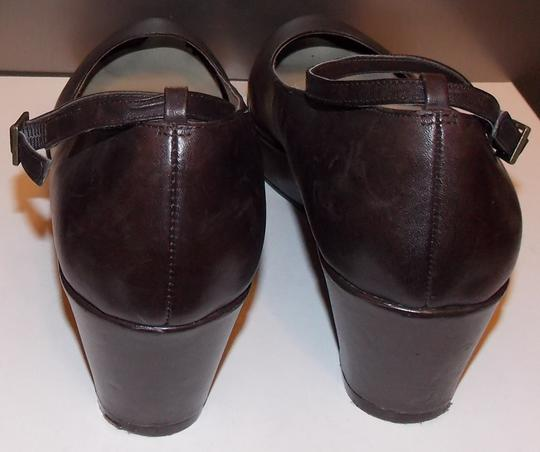 a.n.a. a new approach Brown Wedges Image 3
