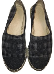 Chanel black and grey Flats