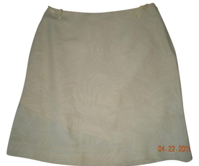 Preload https://item5.tradesy.com/images/tommy-bahama-yellow-knee-length-skirt-size-8-m-29-30-2332549-0-0.jpg?width=400&height=650