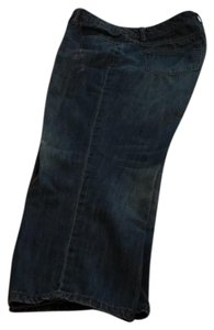 The Limited Capris distressed denim