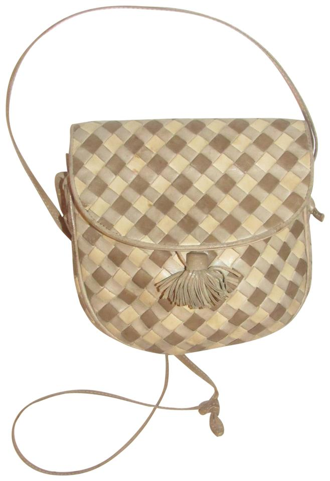 7ffd553bcc Bottega Veneta Petite But Roomy Dressy Or Casual Mint Vintage W Db  Intreciattio Ivory Taupe ...
