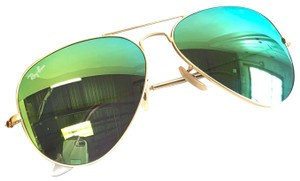 Ray-Ban Ray-Ban Aviator Green Polarized Lenses Sunglasses RB 3025