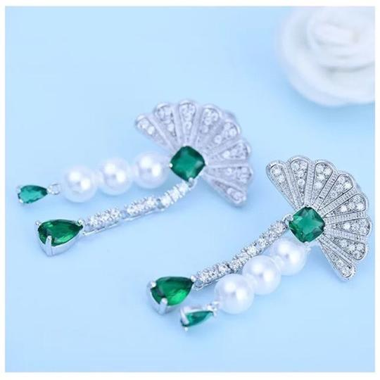 Other Swarovski Crystals The Alamna Fan Earrings S3