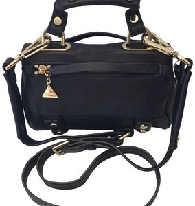GoldenLane Shoulder Bag