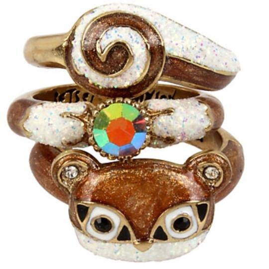 Preload https://item2.tradesy.com/images/betsey-johnson-brown-and-gold-tone-little-critters-squirrel-ring-23329956-0-0.jpg?width=440&height=440