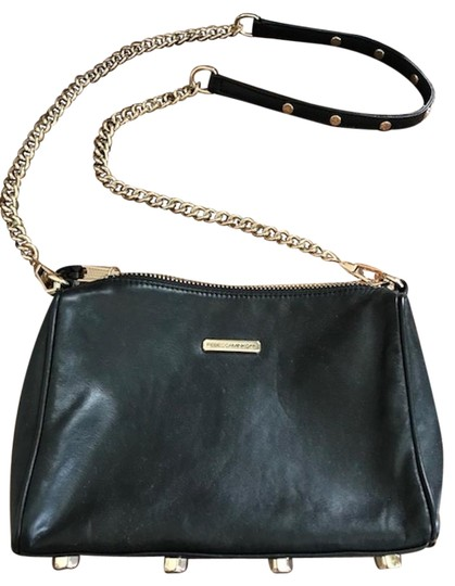 Preload https://img-static.tradesy.com/item/23330002/rebecca-minkoff-black-with-gold-accents-soft-rich-leather-shoulder-bag-0-1-540-540.jpg