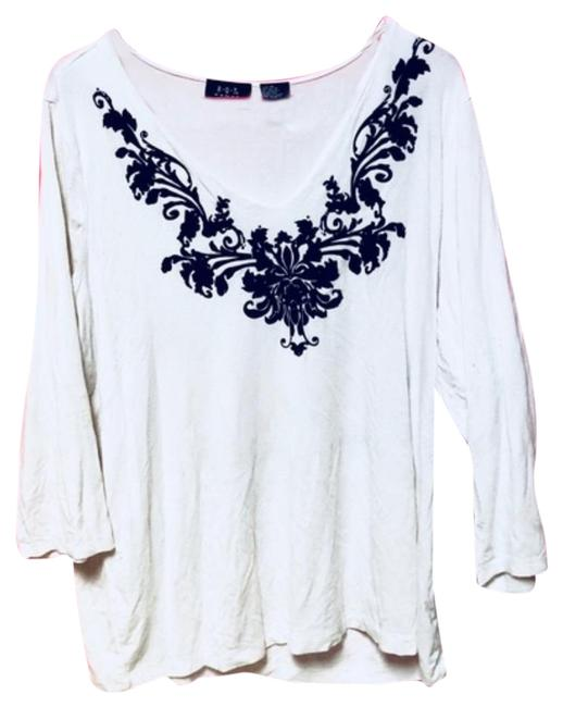 Preload https://item5.tradesy.com/images/stylish-chic-trendy-brand-blouse-size-20-plus-1x-23330089-0-2.jpg?width=400&height=650