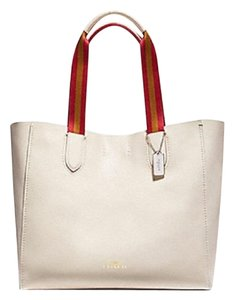 Preload https://item1.tradesy.com/images/coach-derby-white-leather-tote-23330100-0-1.jpg?width=440&height=440