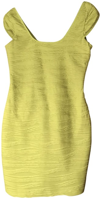 Preload https://item5.tradesy.com/images/guess-greenred-short-casual-dress-size-6-s-23330129-0-1.jpg?width=400&height=650
