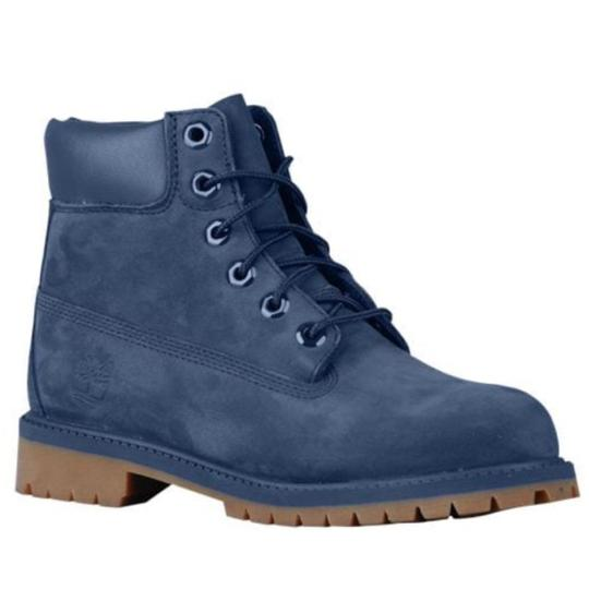 Preload https://img-static.tradesy.com/item/23330153/timberland-navy-6-premium-waterproof-bootsbooties-size-us-9-regular-m-b-0-0-540-540.jpg