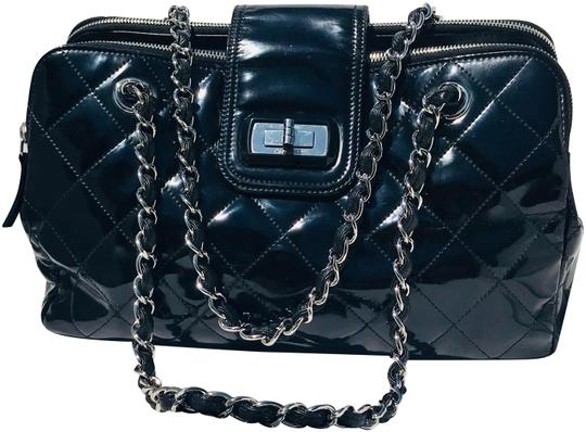 Preload https://item5.tradesy.com/images/chanel-classic-flap-mademoiselle-double-chain-large-patent-vernis-quilted-jumbo-black-glazed-leather-23330219-0-4.jpg?width=440&height=440