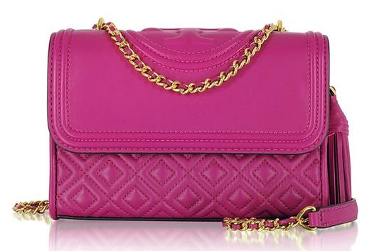 Preload https://item5.tradesy.com/images/tory-burch-fleming-party-small-shouldercross-fuchsia-pink-leather-shoulder-bag-23330314-0-0.jpg?width=440&height=440