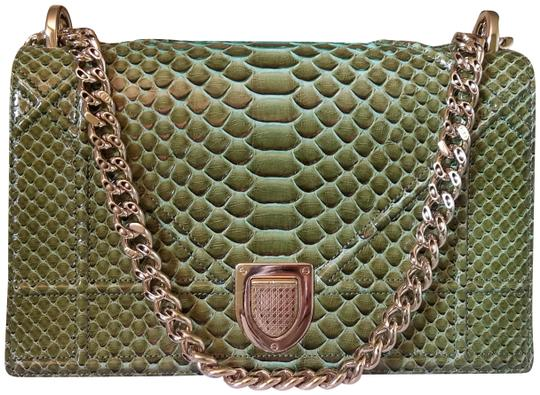 Preload https://item1.tradesy.com/images/dior-diorama-limited-edition-green-python-leather-shoulder-bag-23330315-0-1.jpg?width=440&height=440