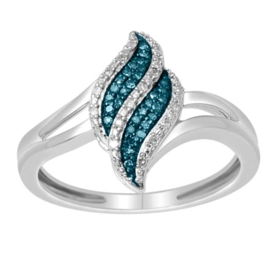 Elizabeth Jewelry 10Kt White Gold Blue & White Diamond Ring