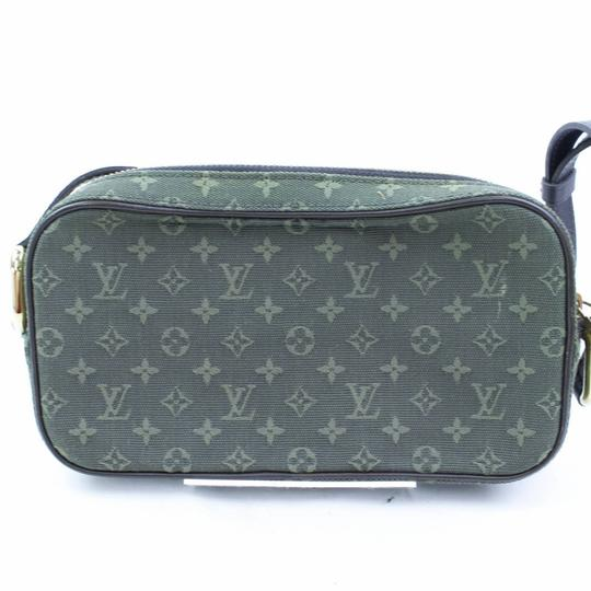 Louis Vuitton Christie Trocadero Trotteur Favorite Eva Cross Body Bag
