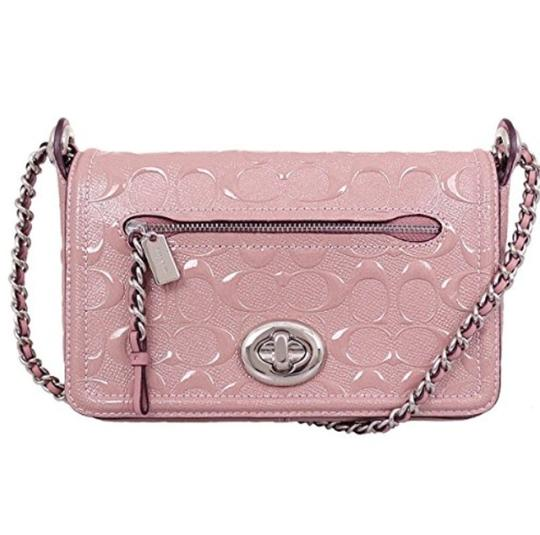 Preload https://item5.tradesy.com/images/coach-lex-small-flap-signature-22292-pink-patent-leather-cross-body-bag-23330604-0-0.jpg?width=440&height=440