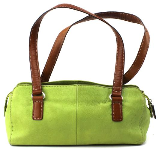 Preload https://item1.tradesy.com/images/fossil-shoulder-small-green-leather-satchel-23330920-0-0.jpg?width=440&height=440