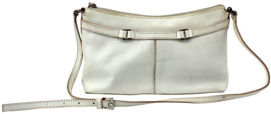 Preload https://item3.tradesy.com/images/etienne-aigner-small-shoulder-white-leather-tote-23330927-0-2.jpg?width=440&height=440