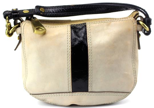 Preload https://item5.tradesy.com/images/fossil-fifty-four-mini-small-baguette-beige-leather-tote-23330929-0-0.jpg?width=440&height=440