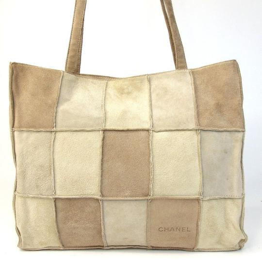 Preload https://item1.tradesy.com/images/chanel-patchwork-beige-light-brown-suede-tote-23330955-0-0.jpg?width=440&height=440