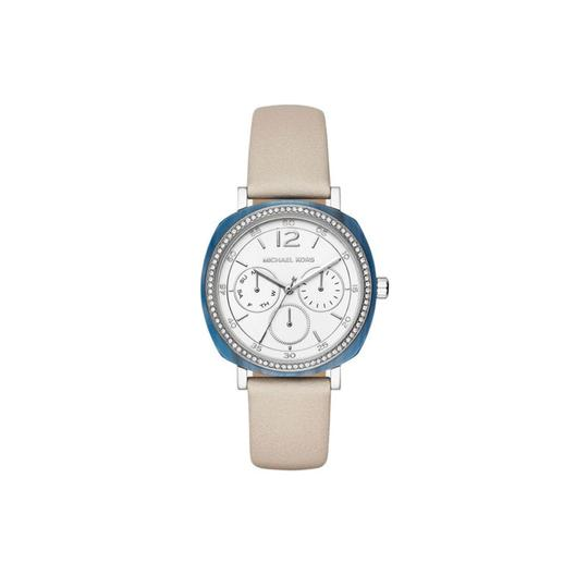 Preload https://item5.tradesy.com/images/michael-kors-silver-womens-nia-tone-and-leather-mk2672-watch-23331079-0-0.jpg?width=440&height=440