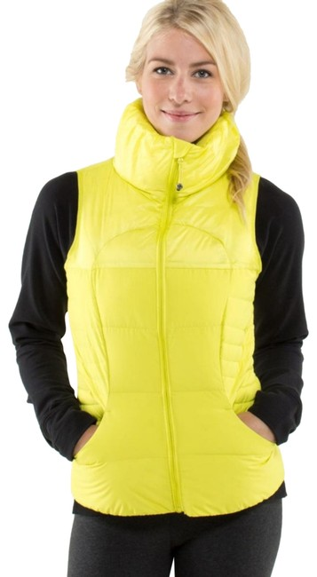 Item - Yellow Fluffin Awesome Activewear Outerwear Size 4 (S)
