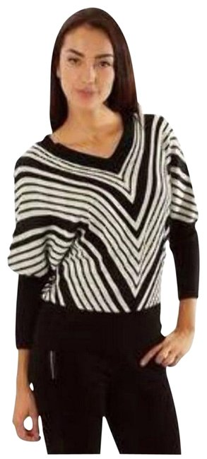 Preload https://item3.tradesy.com/images/multicolored-chevron-cardigan-size-26-plus-3x-23331197-0-1.jpg?width=400&height=650