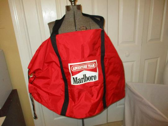 Marlboro Vintage Canvas Tote Camping Duffel red & black Travel Bag