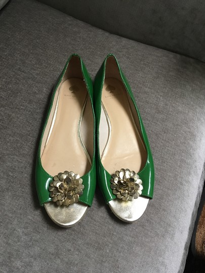 Kate Spade Patent Leather Gold Flower Green Flats