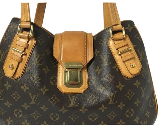 Preload https://item1.tradesy.com/images/louis-vuitton-monogram-brown-great-condition-normal-signs-of-wear-on-leather-see-pictures-shoulder-b-23331275-0-3.jpg?width=440&height=440